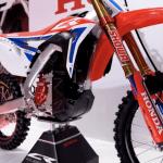 Honda unveils electric version of CRF450 dirt bike & new electric scooter - Electrek